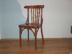 Vīnes krēsls Solo. Koka krēsli. Mebeles balts galds