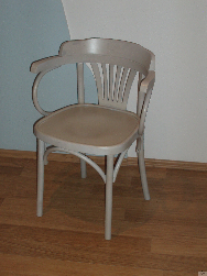 Koka krēsli. Mebeles balts galds. Vīnes krēsls Classic